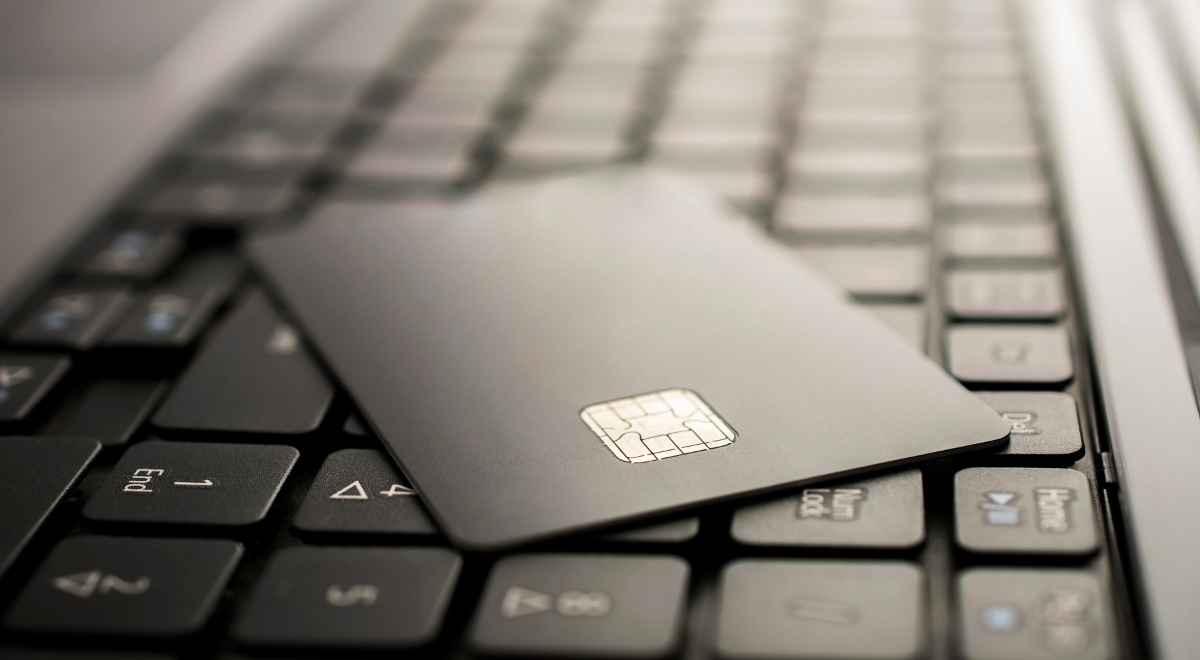 ハイローオーストラリアはクレジットカードで入金するメリット・デメリット