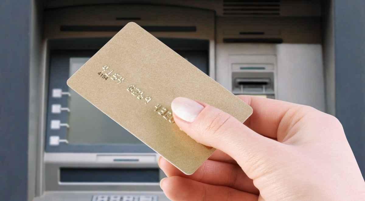 ハイローオーストラリアでクレジットカード出金はできる?